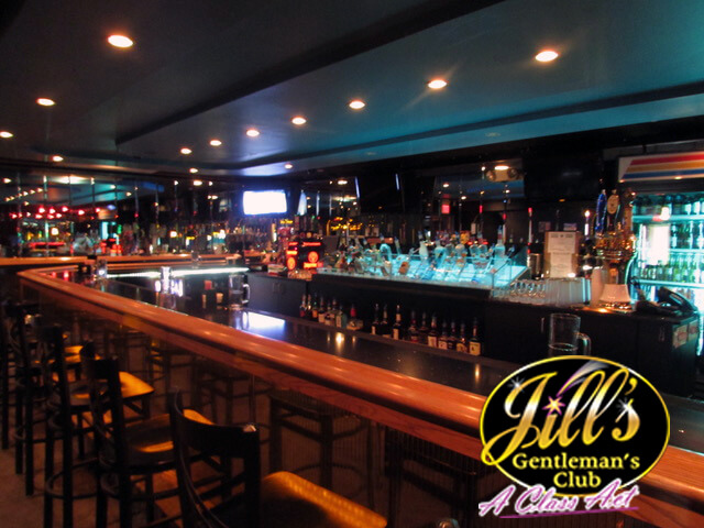 Jills-Gentlemens-Club-bar-2