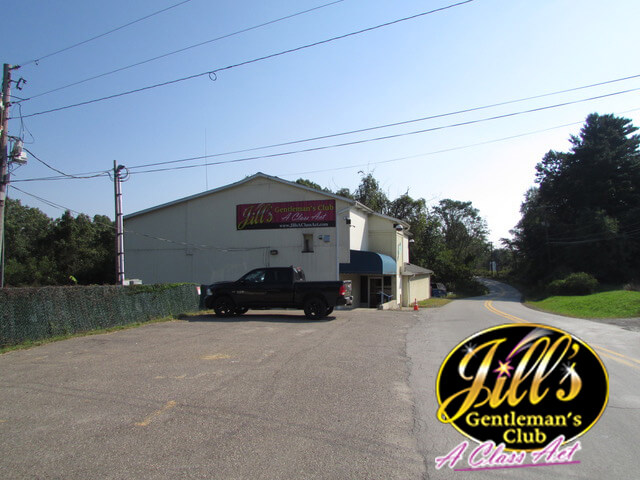 Jills-Gentlemens-Club-building-far