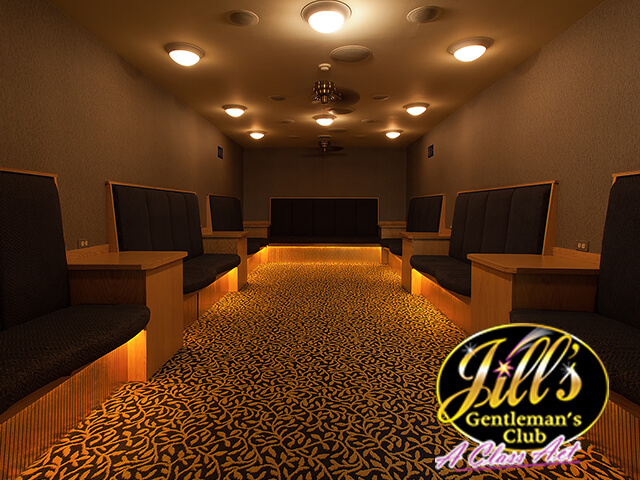 Jills-Gentlemens-Club-lapdance-room