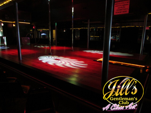 Jills-Gentlemens-Club-stage-red