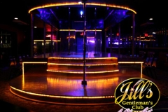Jills-Gentlemens-Club-main-stage